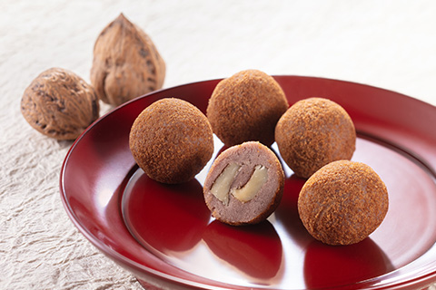 Walnut confectionary