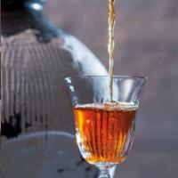 贈答品に選ばれる紹興酒の人気の秘密