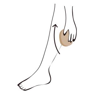 足の疲れやむくみをほぐす