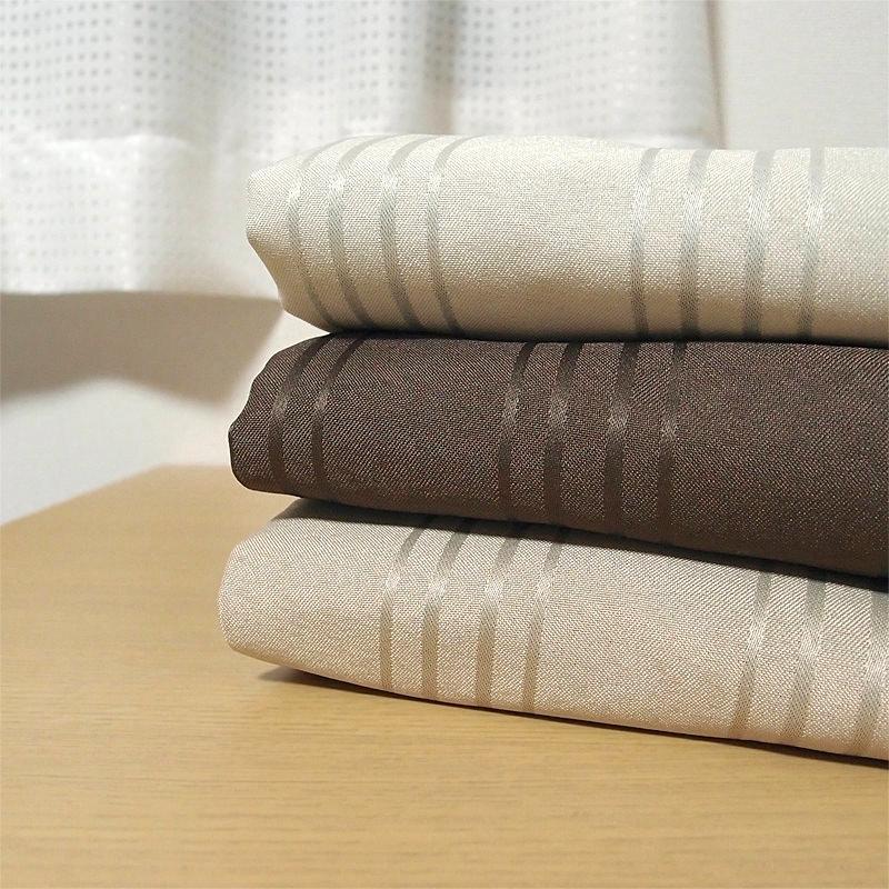 さりげない光沢感。ストライプ遮光カーテン