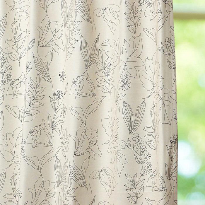 気品のあるデザイン遮光カーテン