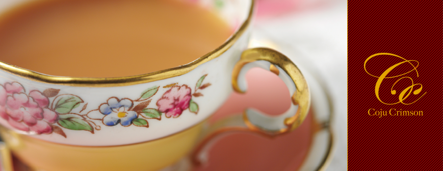 rimsonとは、「深紅」。茶の赤は、深紅のバラに例えられるような黒みを帯びた赤です。