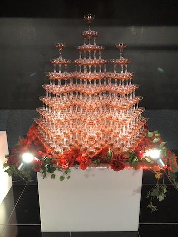 赤系シャンパンタワー