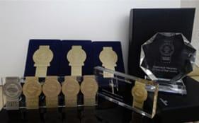 2014年度クリスタルプレステージ記念トロフィー受賞