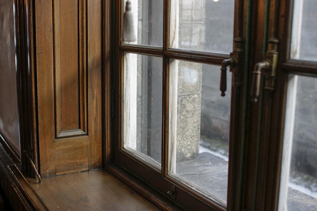 1階部分の二重ガラス窓
