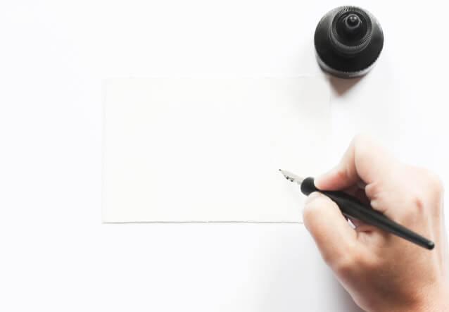メッセージカードや熨斗など、様々なギフトの形に対応できるようサービスを行っております。