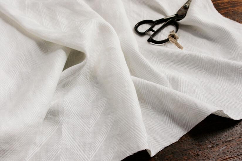 リネンジャガード織ヘリンボーンホワイト