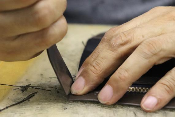 熟練した職人達が手間暇を惜しみなくかけて作り上げられる逸品の数々。