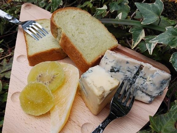 国産チーズ