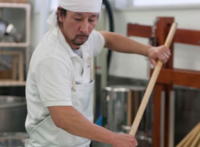 深化し提案するチーズ工房で作られたチーズ