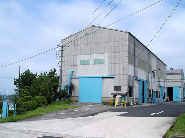 これはブラック用トナー工場です。