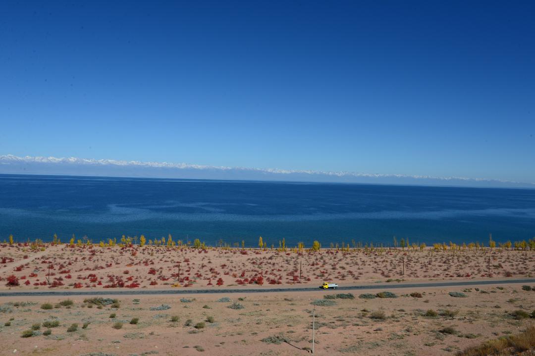 イシククル湖
