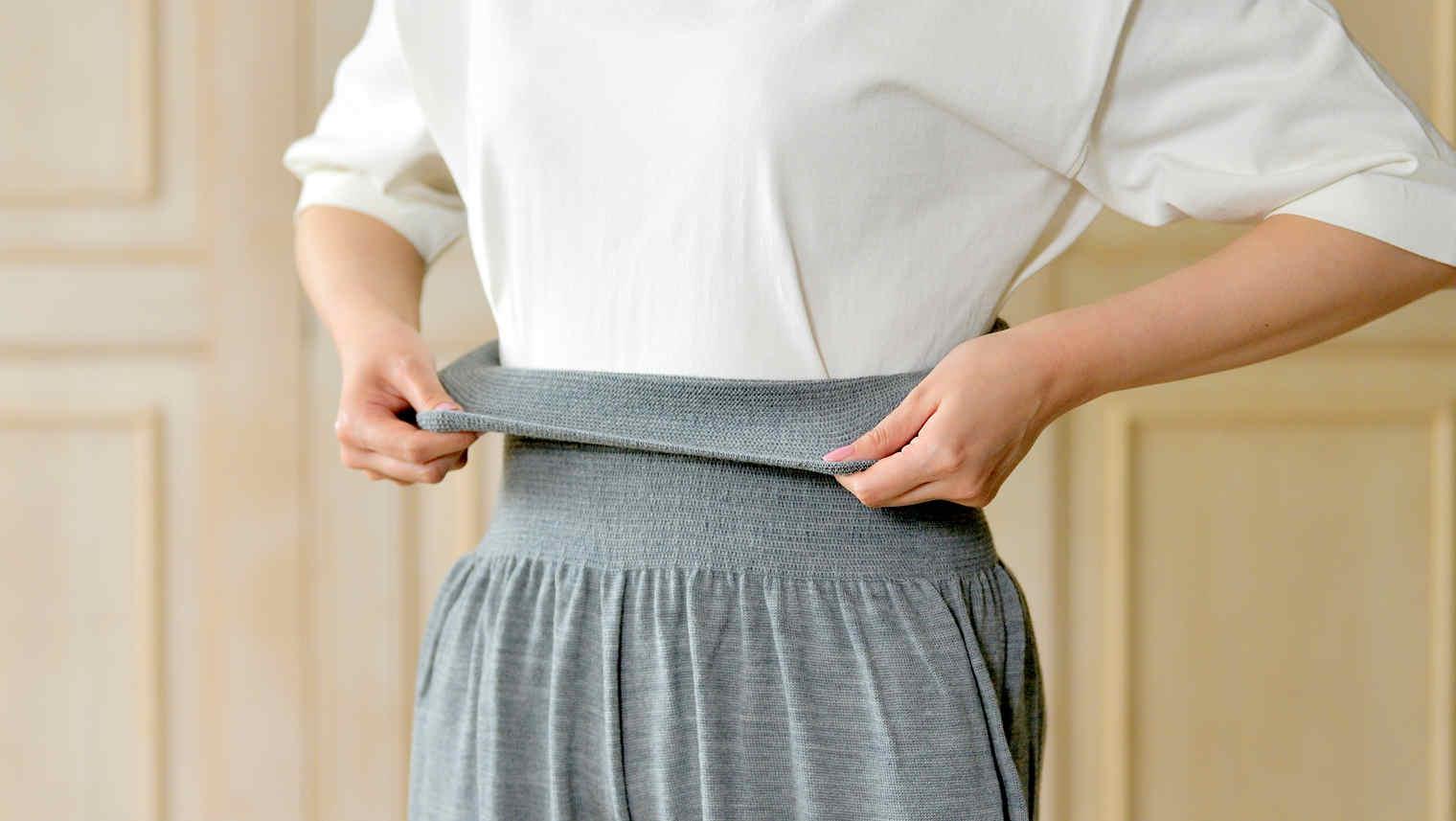 おなかをつつむ のびるニットパンツ レギュラータイプ 洗濯機で洗えるウール ポケット付き