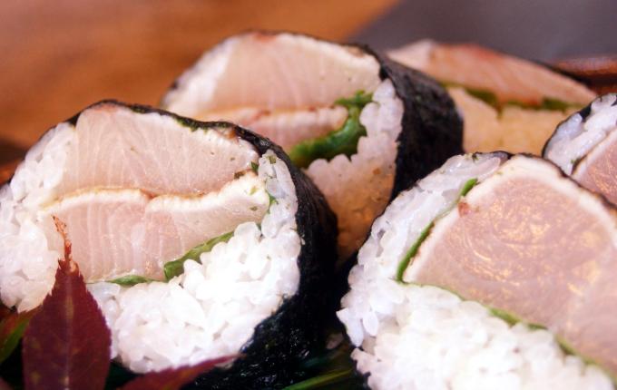 どんぶりやお寿司
