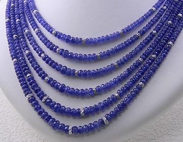 真珠や色石の糸替えやワイヤー交換
